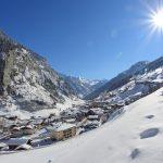 Blick auf das winterliche Hüttschlag