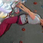 Tamara hat richtig Spass am Bouldern