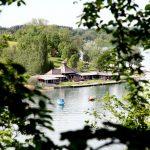 Blick auf das Strandbad vom Schlossberg