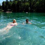 Schwimmen im Waldbad