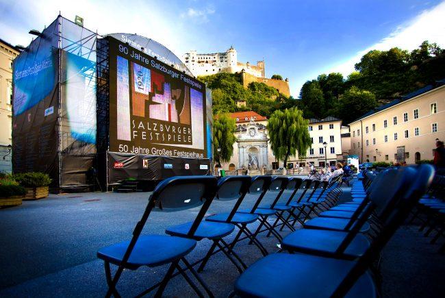 Nehmen Sie Platz bei den Festpielnächten am Kapitelplatz inmitten der Salzburger Altstadt