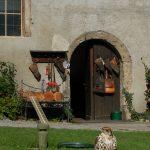 Der Eingang zum Falknerhaus