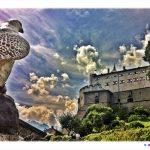 Blick auf die 900 Jahre alte Burg Hohenwerfen vom Burggarten.