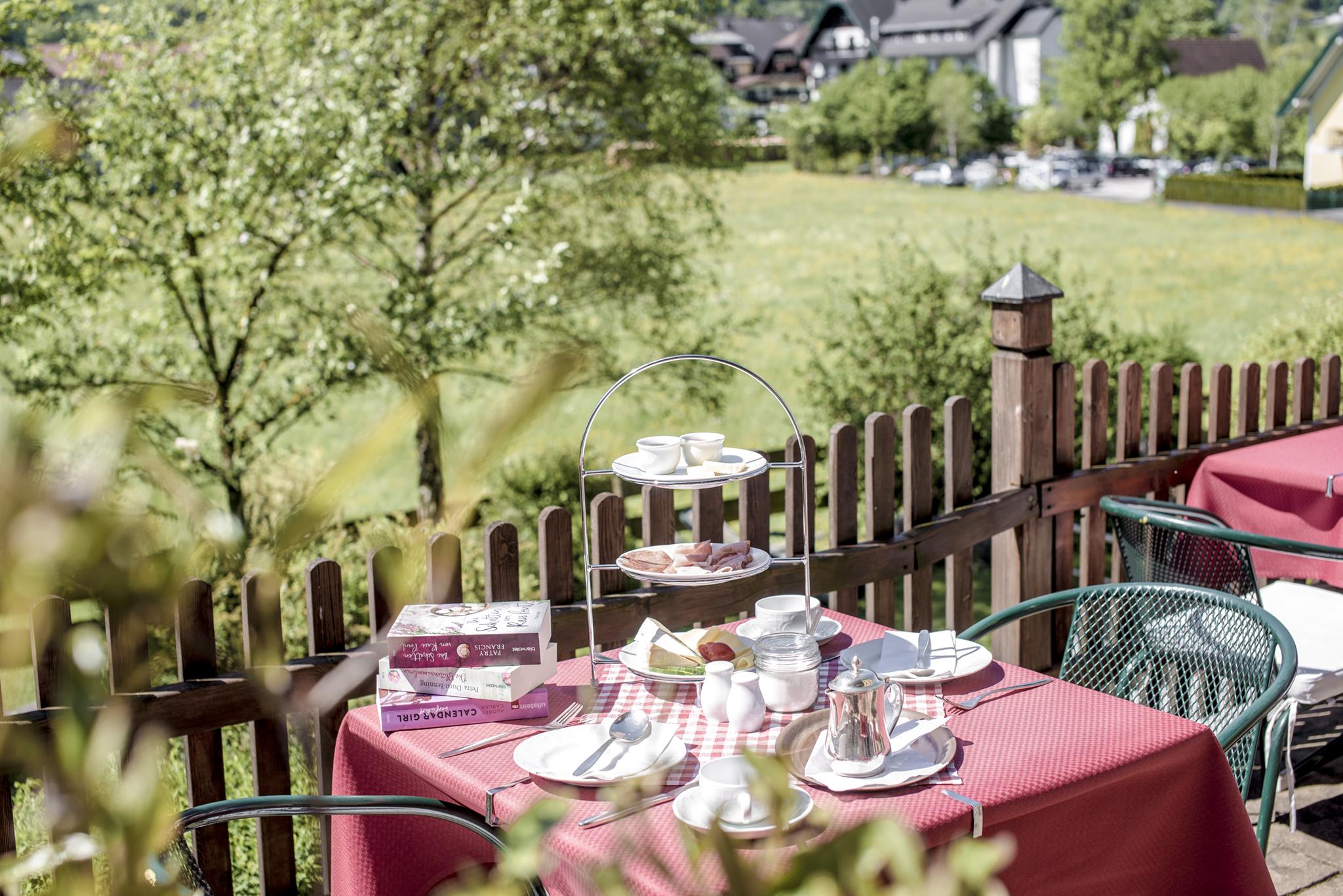 Frühstück im Garten © Hotel Sonnleitn