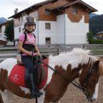 Die glückliche Reiterin
