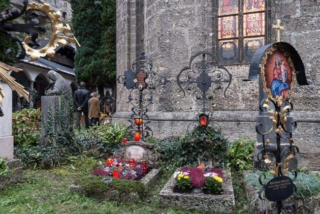 Allerheiligen-Friedhofsgang Der Petersfriedhof Salzburg.05