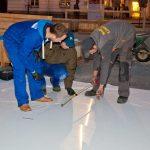 Kunststoffplatten  werden wie Fussboden verlegt