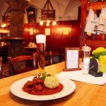 Fideler Affe, Eat and Meet