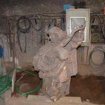 Bronzeskulptur in der Werkstatt