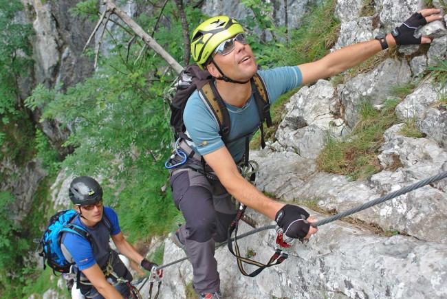 Klettersteig Ausrüstung : Klettersteig gehen u die besten tipps für anfänger bergseensucht