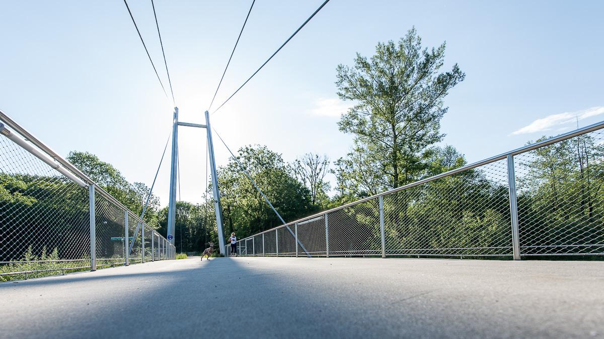 Der Pioniersteeg für Fußgänger und Radfahrer