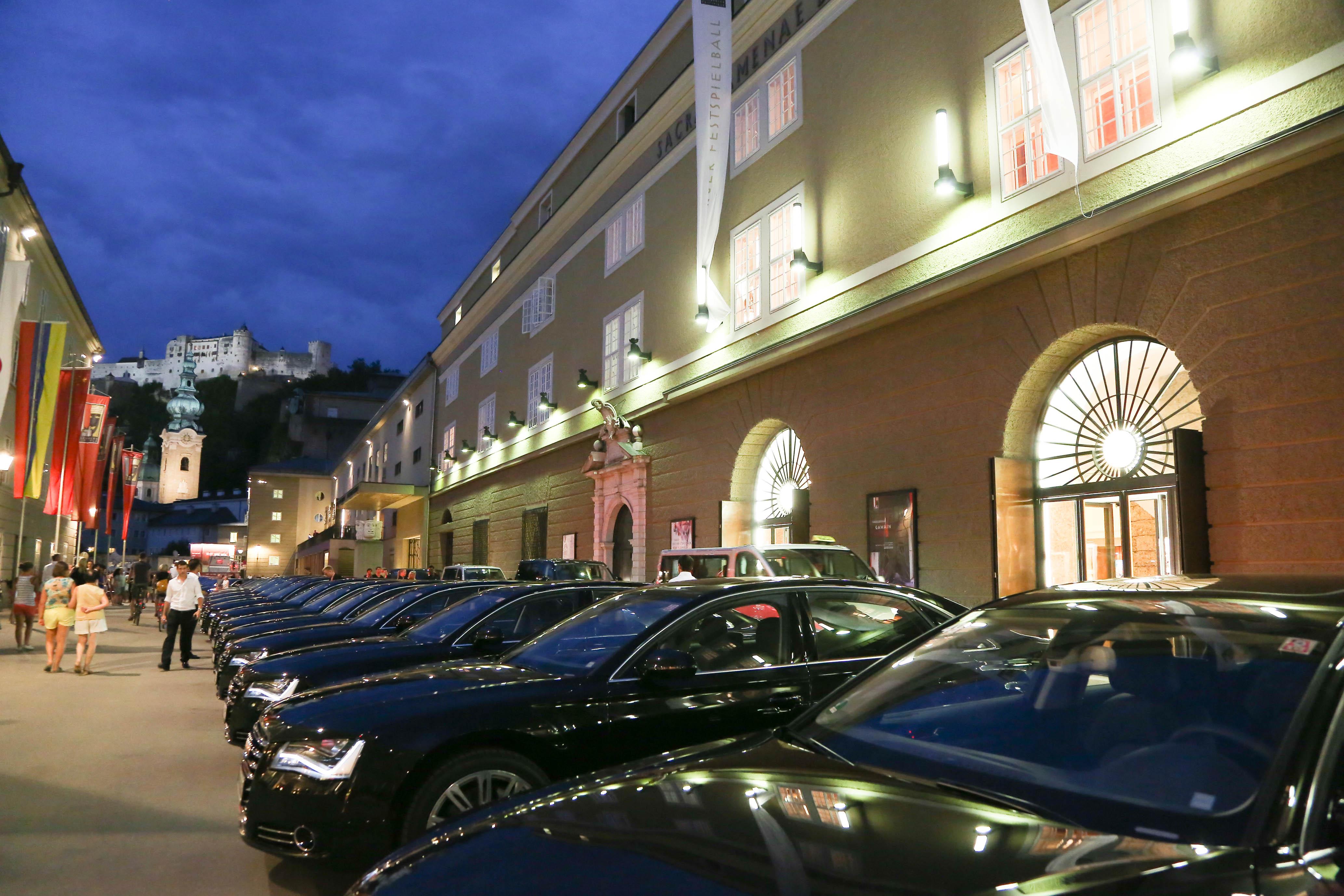 Kleider Casino Zurich
