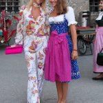 Elisabeth Flick-Auersperg mit Tochter