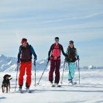 Man erlernt das Skitourengehen direkt in der Natur.