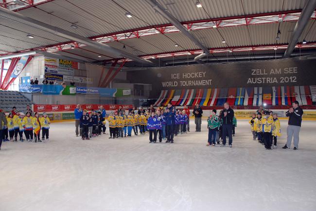 48 Mannschaften aus 20 Nationen kommen alljährlich nach Zell am See. c Edwin Heger
