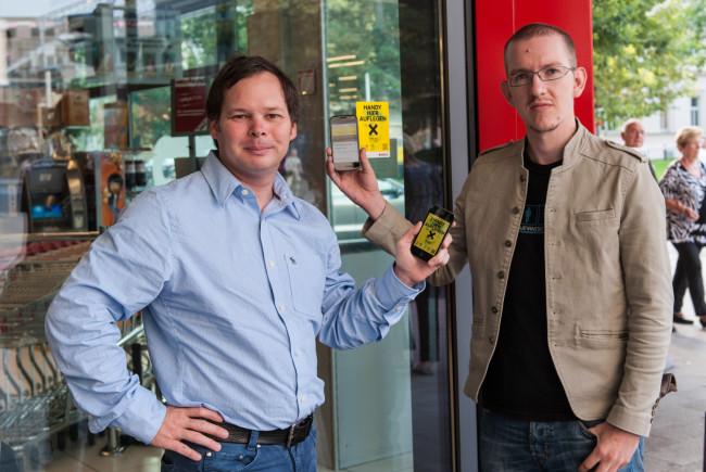 Georg Holzer und Bruno Hautzenberger, die Initiatoren des Projekts. Auflegen und loslesen Foto: pingeb.org