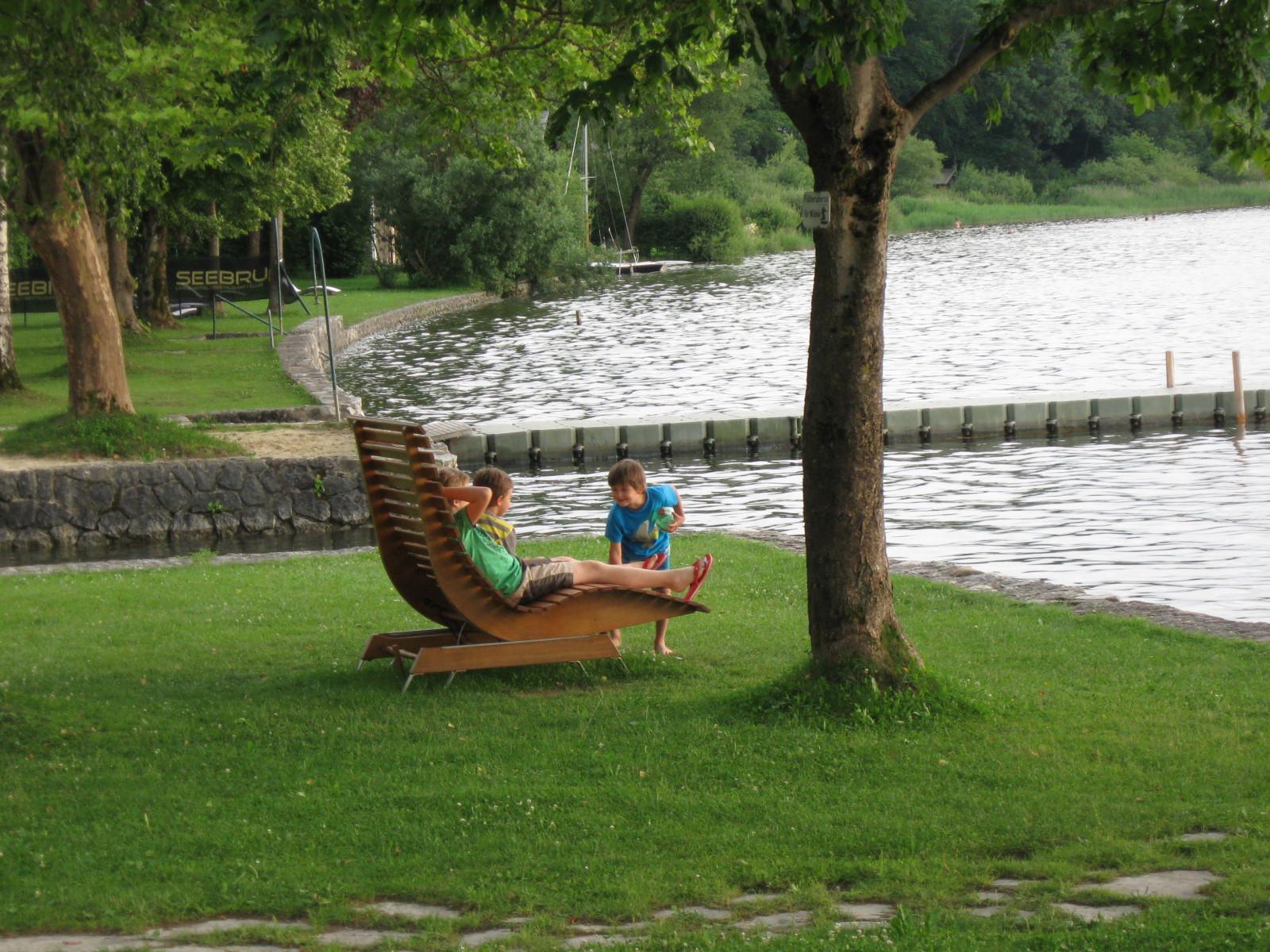 Ein guter Ort, um nach dem Schwimmen zu Entspannen...
