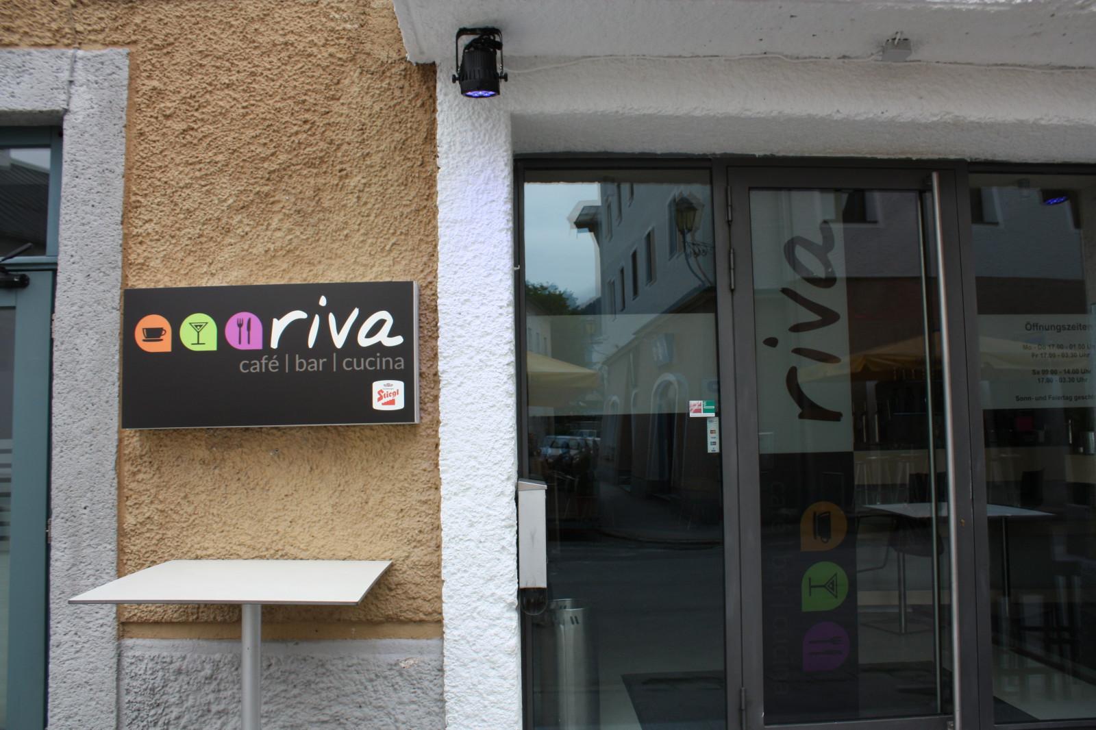 Bar, Bistro und Café in einem, das Riva