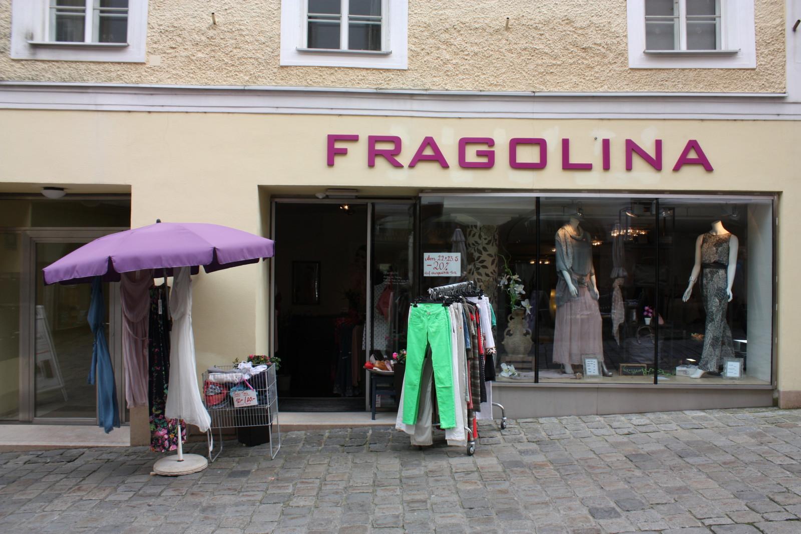 Modern inszenierte Mode im Fragolina