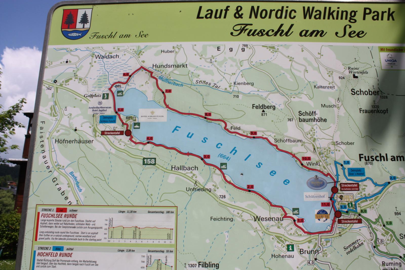 Die Karte im Ort Fuschl bietet einen guten Überblick über den See