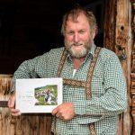 Anton Aberger mit seinem Buch So vü Leben