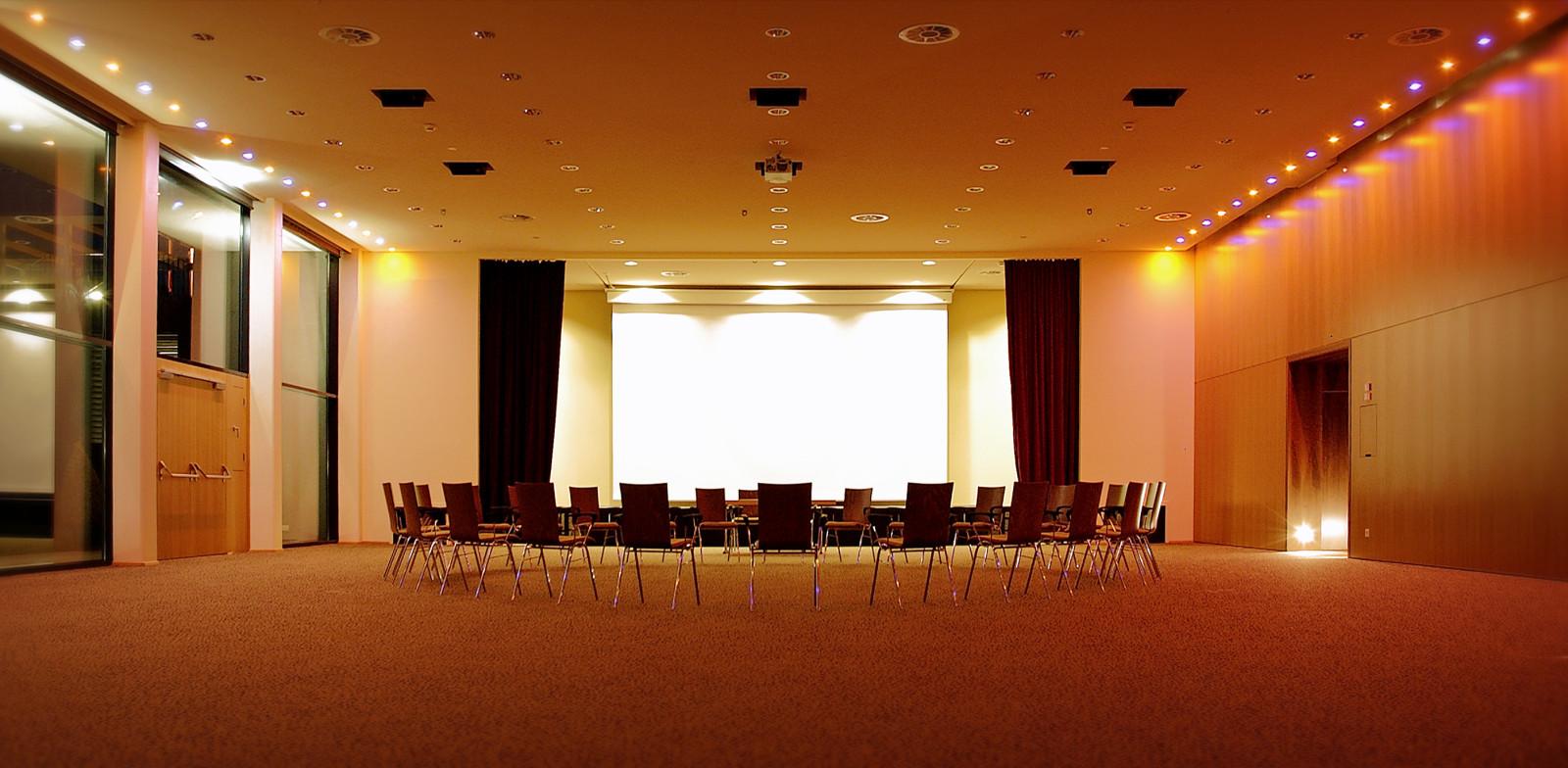 Das großzügige Seminarzentrum...