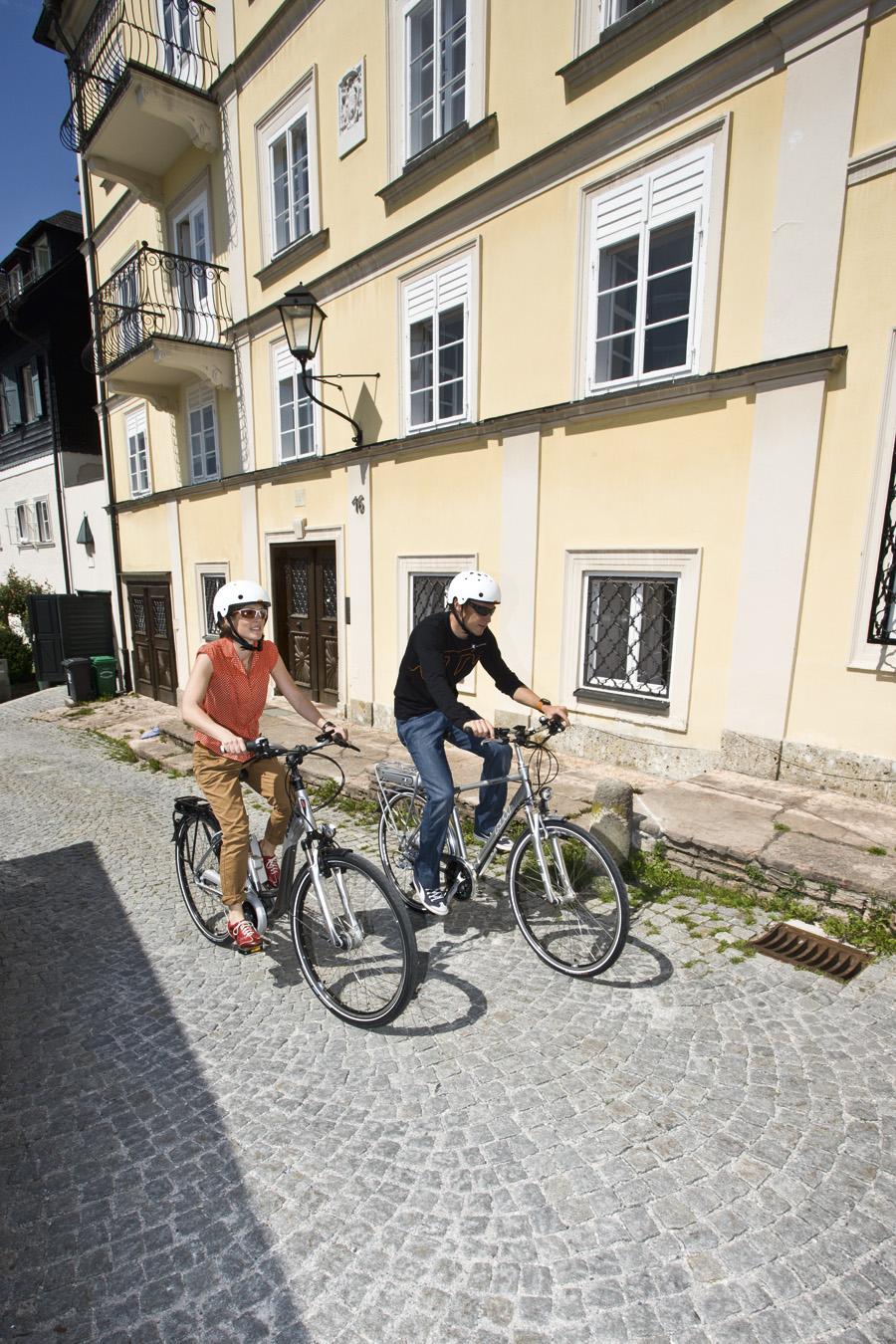 Durch die vielen schmalen Gassen ist man mit dem E-Bike bestens gerüstet.