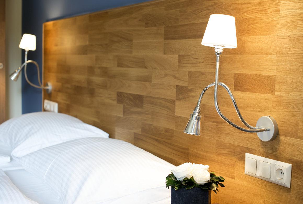 Heimische Materialien machen die Zimmer zur Wohlfühloase