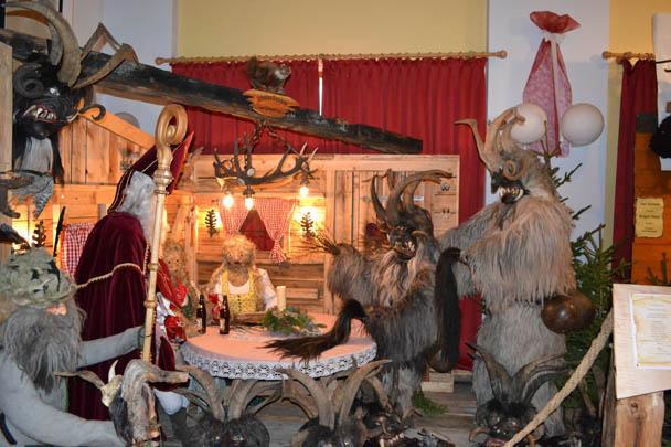 Ausstellung: Besuch vom Nikolaus