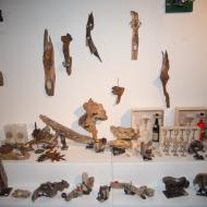 Deko-Objekte aus Alt- und Schwemmholz.