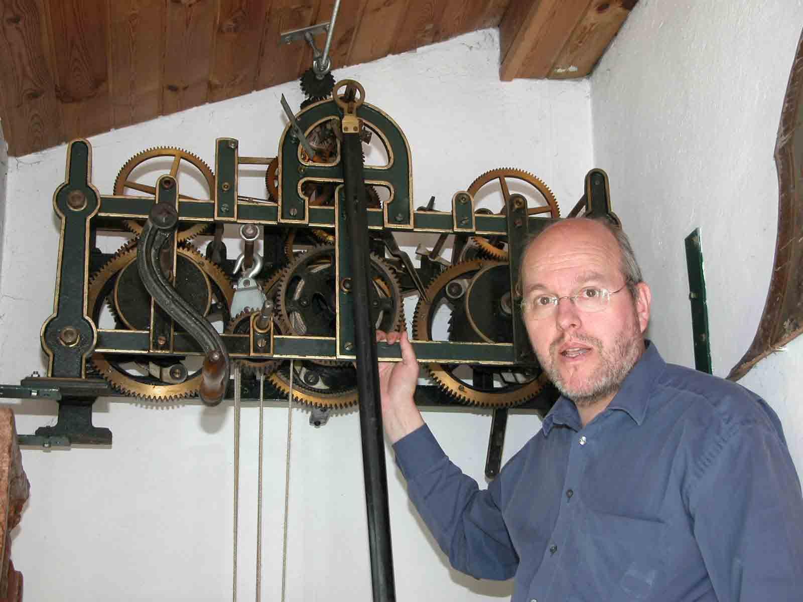 Reparierte Kirchturmuhr