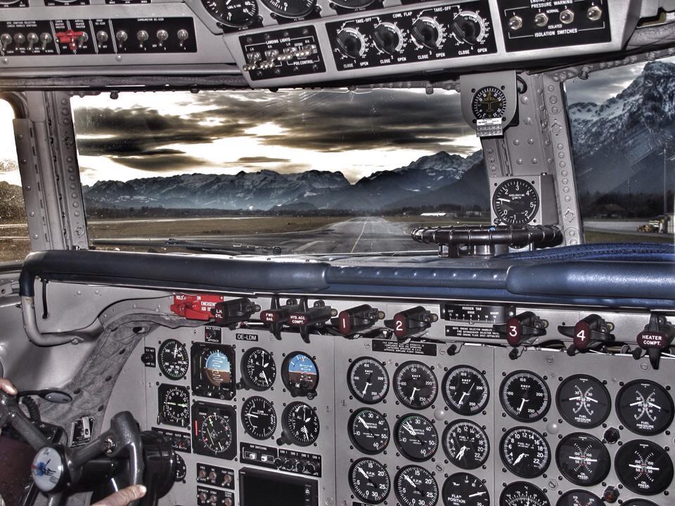 Kurz vor dem Take Off am Salzburg Airport ©Frederic Handelmann