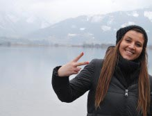 Amber war begeistert von den Bergen und dem See ©Amber Bondin/PBS