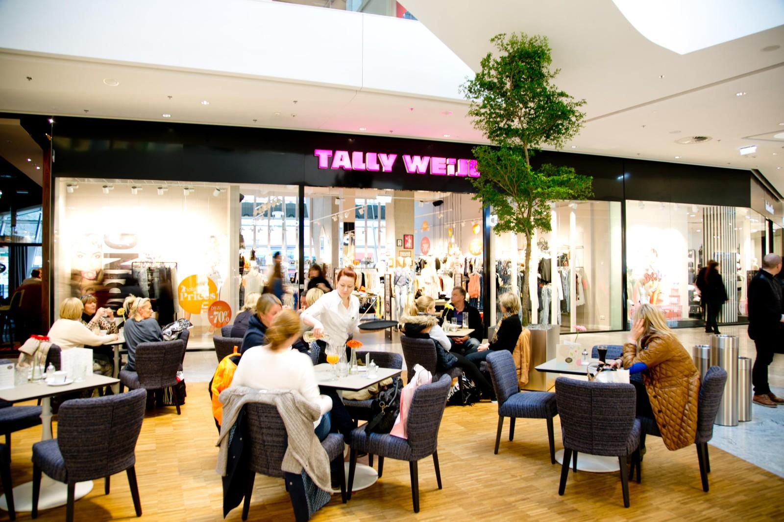 Cafe Flächen in der Mall