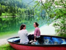 """Barbara Gollackner und Bernadette Wörndl sind die kreativen Köpfe der """"Sommerfrische SalzburgerLand""""."""