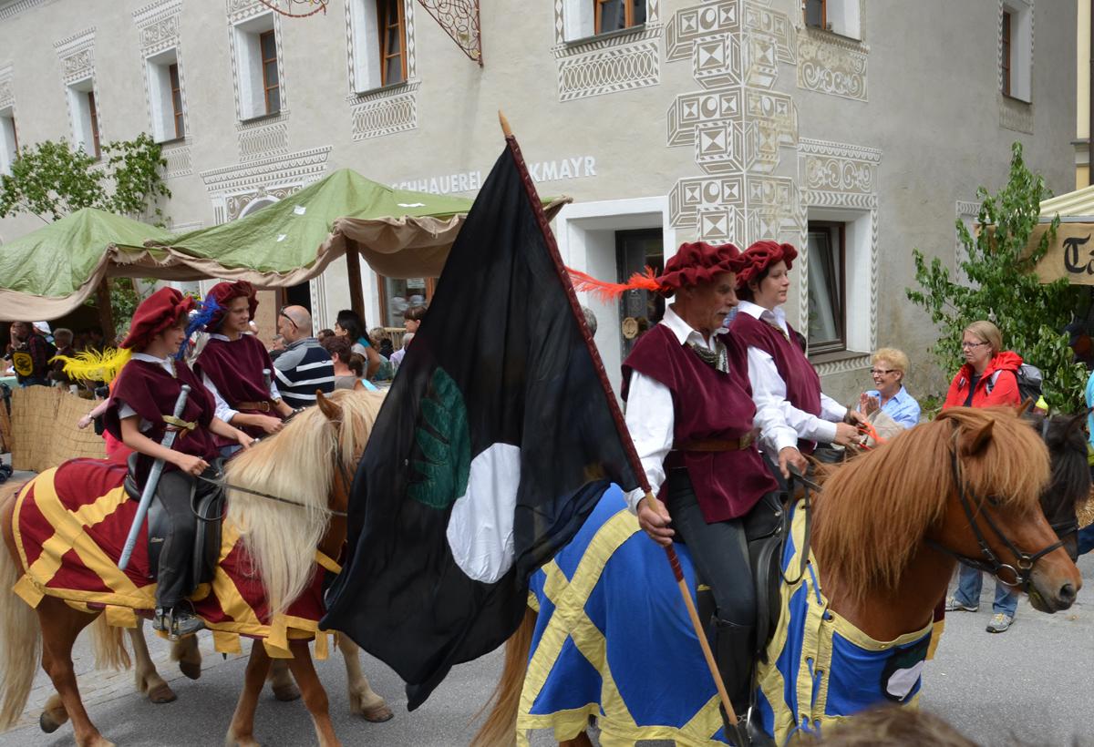 Zelter Pferd : Mittelalterfest in mauterndorf salzburgerland magazin