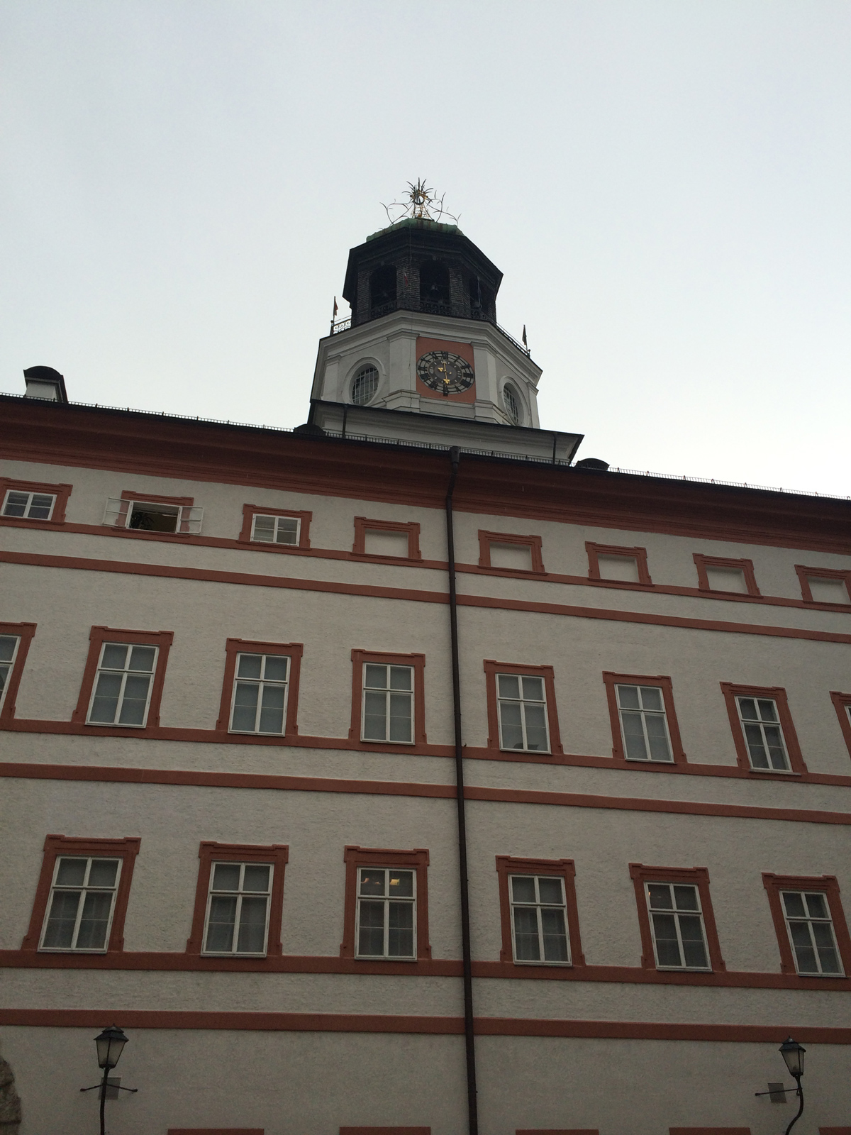 Glockenspiel salzburg uhrzeit