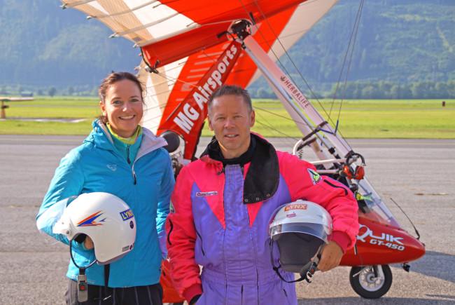 Los geht's - mit Pilot Martin Guggenbichler! Ein bisschen mulmig ist mir schon zumute.