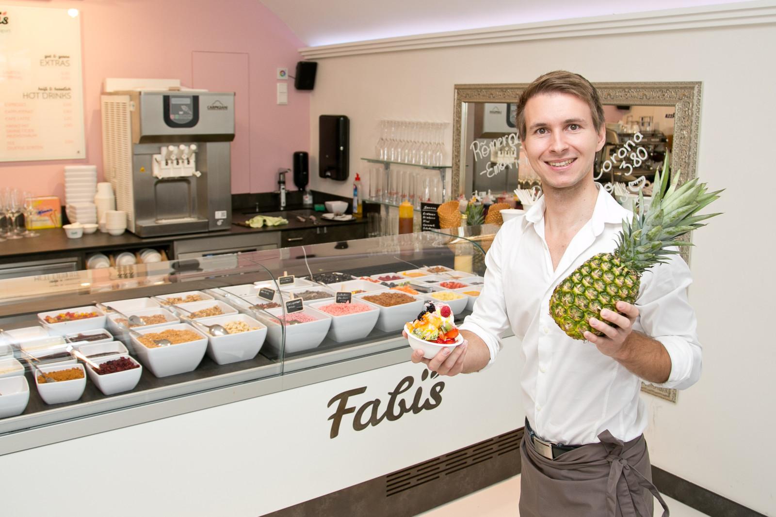 Fabian Sturm, Fabis Frozen Bio Yogurt Salzburg, 20150824 Foto: wildbild, Herbert Rohrer