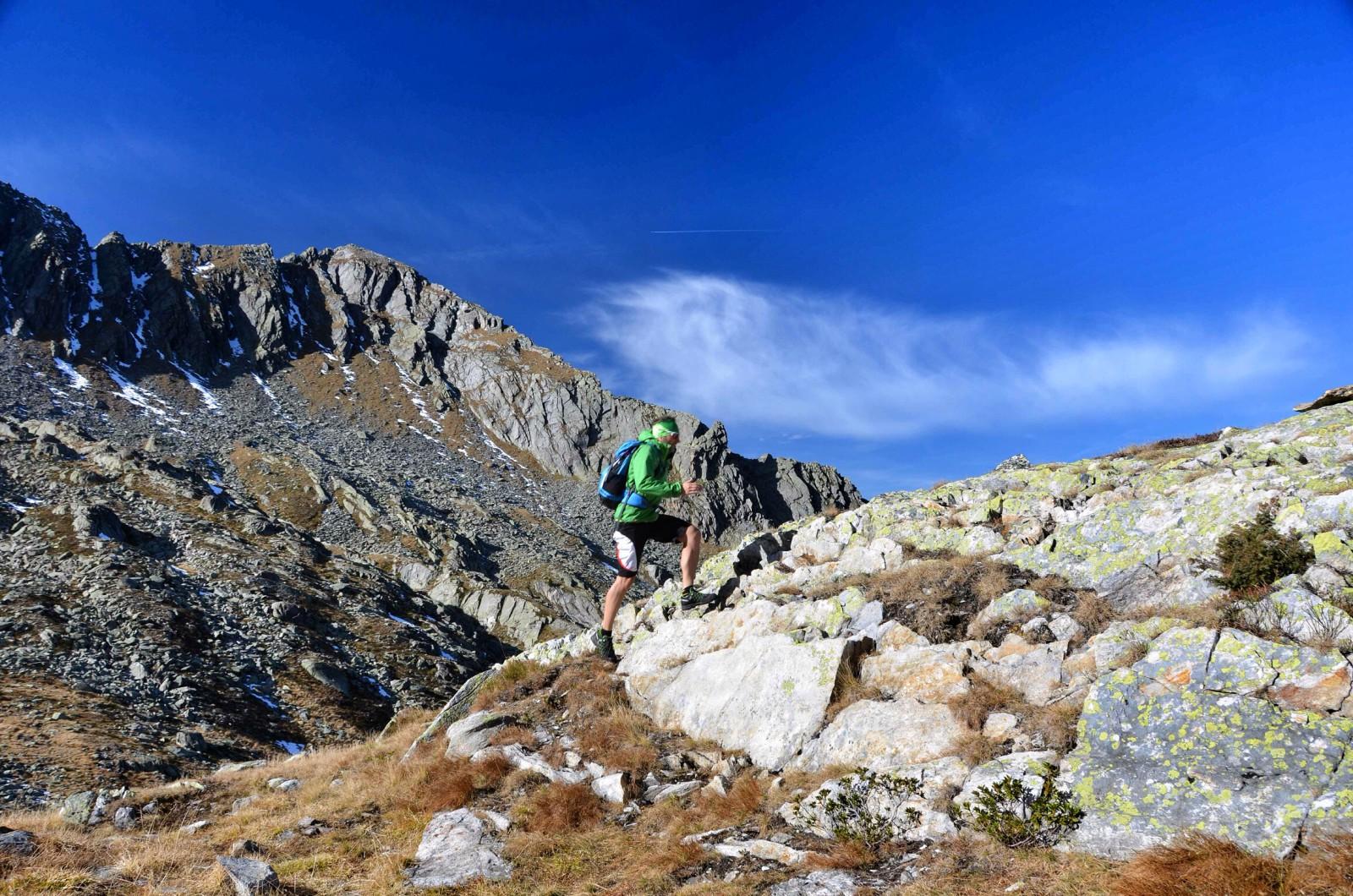 Im Pinzgau gibt es traumhafte Trailrunning-Strecken und knackige noch dazu. Wer sich Höhenmeter mit fantastischem Berg-Panorama erlaufen will, der ist hier richtig. Hans-Peter Kreidl ist nicht nur Skitourenspezialist aus Neukirchen am Großvenediger, sondern auch begeisterter Trailrunner. Von ihm stammen die Pinzgauer Strecken-Tipps.