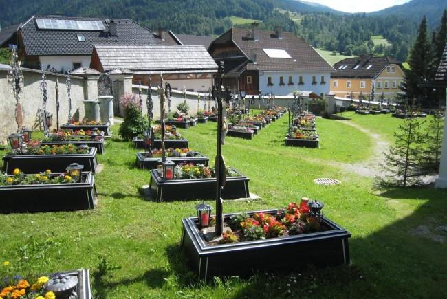 Friedhof_Lessach 1