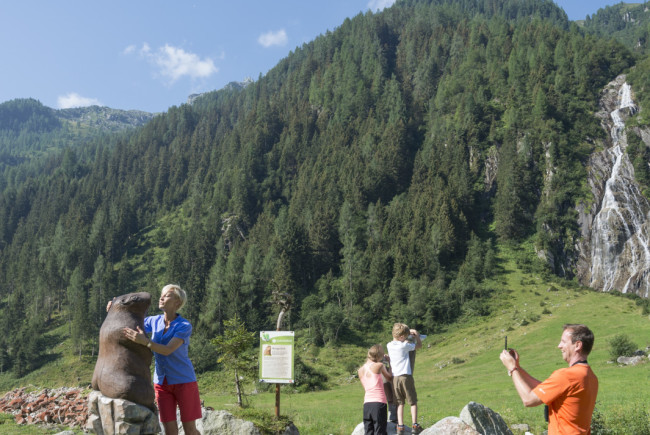 Spiel, Wissen und Erlebnis erwartet die Besucher des Smaragdwegs.