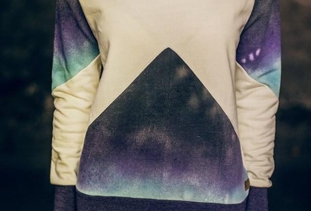 Sweater Farbverläufe handgefärbt, durch das färben per Hand ensteht immer ein Unikat