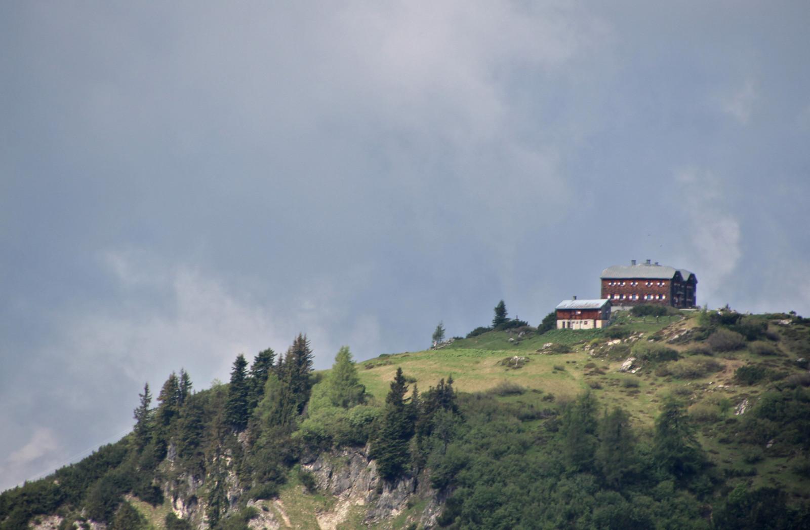 Die Hofpürgelhütte in Sicht