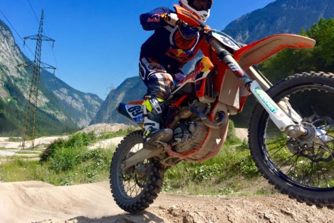 marcel-hirscher-motocross-quelle-facebook-hirscher