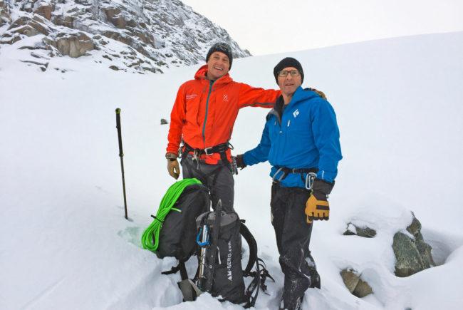 Sie kennen sich aus und sind eine lustige Begleitung: Die Bergführer aus der Region - im Bild Hans-Peter Breuer und Manfred Reitsamer.