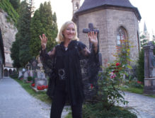 """Sabine Rath lebt ist seit 2001 in Salzburg: """"Als Wahlheimat ist mir die Stadt ans Herz gewachsen - auch ihre dunklen Gassen."""""""