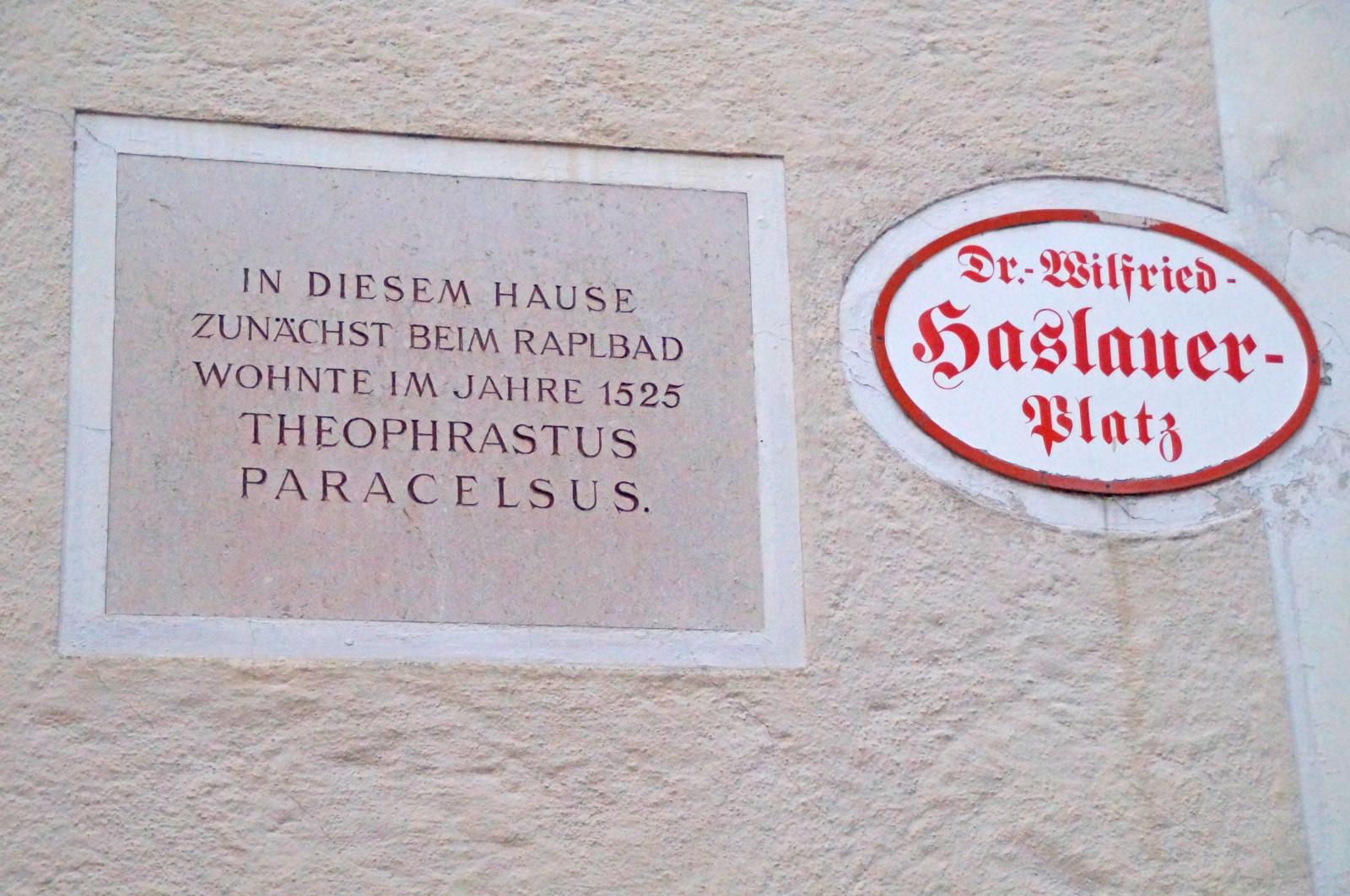 Was passierte mit Theophrastus Paracelsus? Am 24. September 1541 starb der  Arzt, Alchemist, Astrologe, Mystiker und Philosoph in Salzburg.