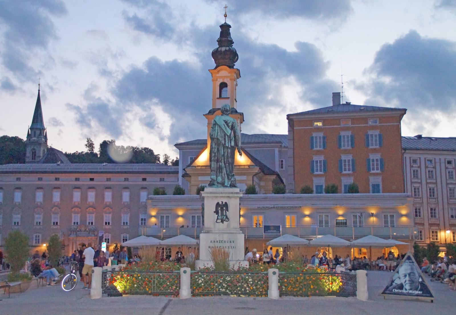 Lernen Sie in einer ca. 1,5 stündigen Stadtführung die düsteren Geheimnisse von Salzburg kennen.