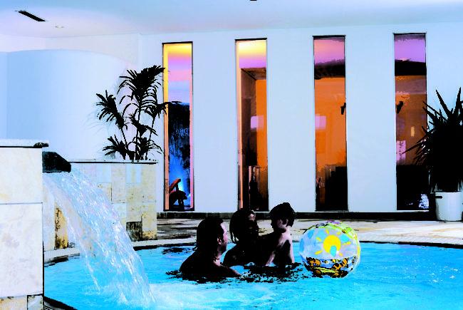 hotel-schwimmbad
